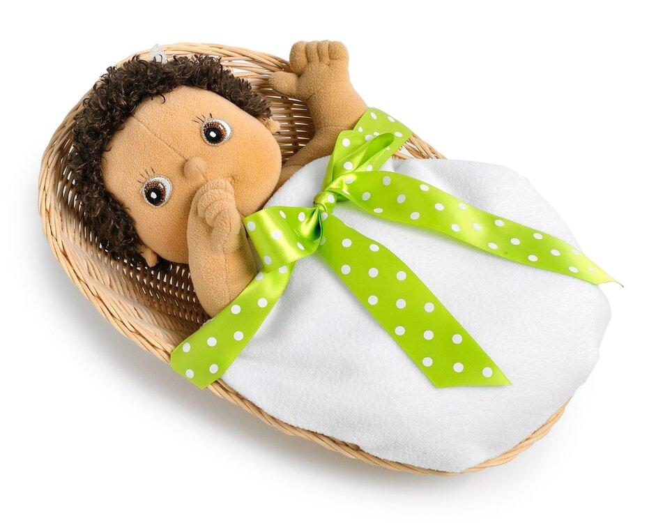 Baby serie cadeaumand met deken en strik