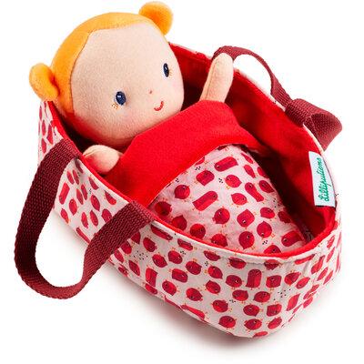 Baby Agathe in reiswiegje